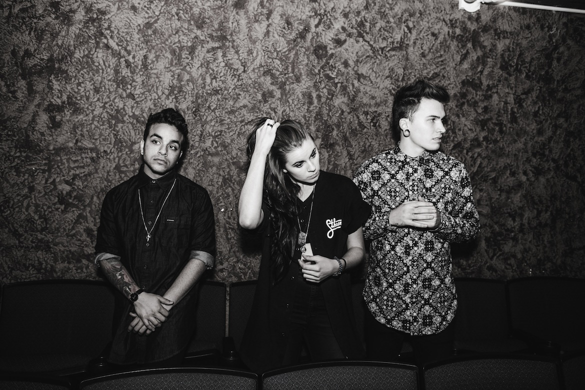 Loner Magazine - PVRIS debut 'White Noise' is a force to be reckoned with